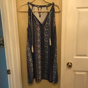 A sleeveless dress